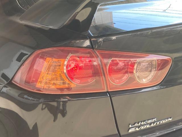GSRエボリューションX ・4WD・車高調ローダウン・SSR18インチAW・ブレンボキャリパー・2本出しマフラー・ケンウッドナビ・バックカメラ・Bluetooth接続・パドルシフト・黒ハーフレザー・スマートキー・HID(38枚目)