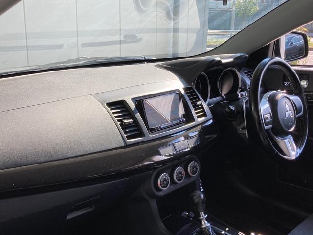 GSRエボリューションX ・4WD・車高調ローダウン・SSR18インチAW・ブレンボキャリパー・2本出しマフラー・ケンウッドナビ・バックカメラ・Bluetooth接続・パドルシフト・黒ハーフレザー・スマートキー・HID(59枚目)