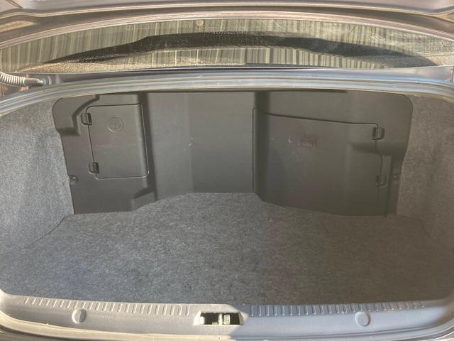 GSRエボリューションX ・4WD・車高調ローダウン・SSR18インチAW・ブレンボキャリパー・2本出しマフラー・ケンウッドナビ・バックカメラ・Bluetooth接続・パドルシフト・黒ハーフレザー・スマートキー・HID(62枚目)