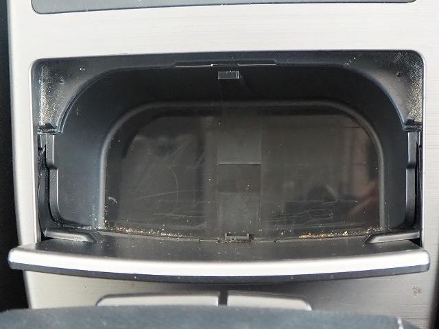 2.5GT Sパッケージ 4WD 禁煙車 純正HDDナビ 黒半革シート バックカメラ パドルシフト HIDヘッド 純正18AW ETC(56枚目)