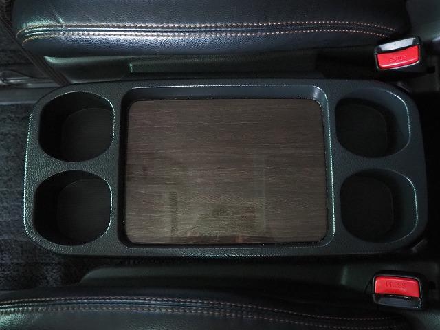 250ハイウェイスターアーバンクロム 禁煙車 純正HDDナビ 純正フリップダウンモニター 黒半革シート 全周囲カメラ 両側電動ドア コーナーセンサー HIDヘッドライト 純正18AW フルセグTV ETC(68枚目)