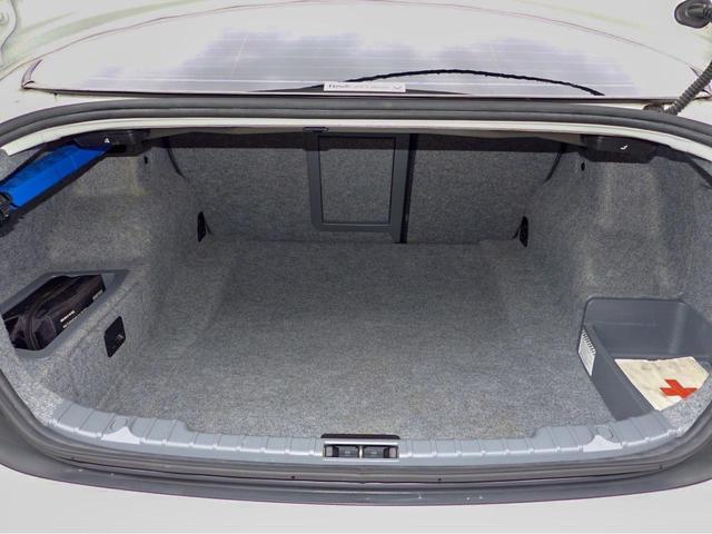 320i Mスポーツパッケージ フルセグTV ミラー型ETC バックカメラ 走行30600KM ディーラー下取り ケンサR5年7月 禁煙車 コンフォートアクセス スペアキー パワーシート(20枚目)
