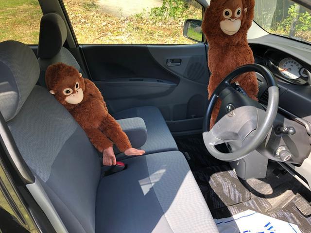 広々室内 フロントシート周り 嫌な臭いもありません。