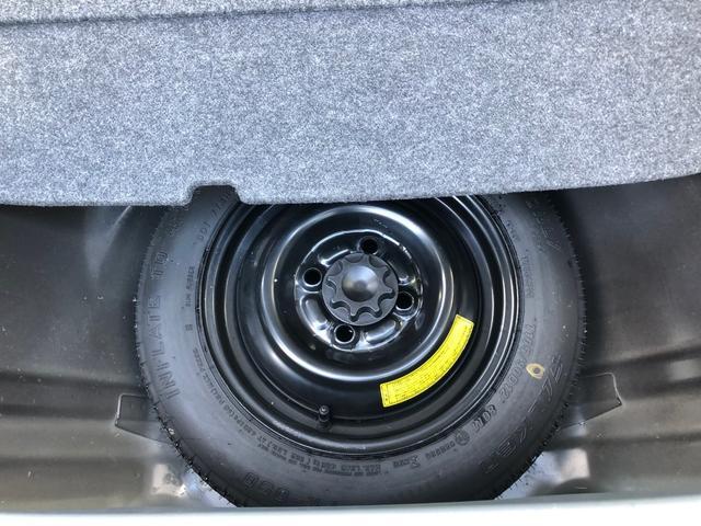 スペアタイヤは未使用状態です。