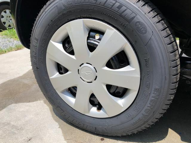 145/80R13 タイヤは4本共新品交換済みです。