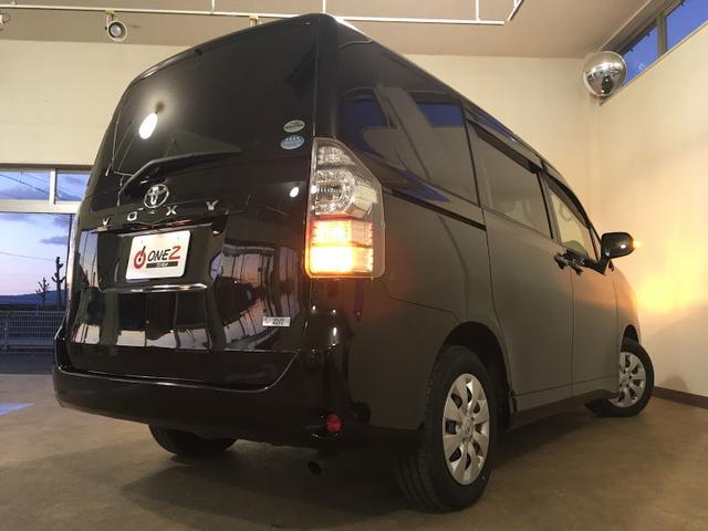 「トヨタ」「ヴォクシー」「ミニバン・ワンボックス」「徳島県」の中古車29