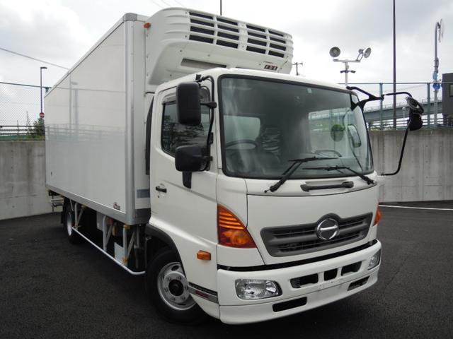 2.6t積冷蔵冷凍車・格納ゲート・スタンバイ付・-32℃設定(3枚目)