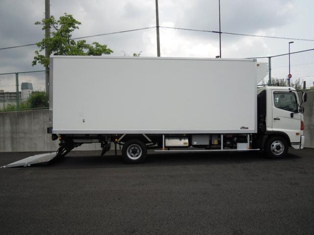 2.6t積冷蔵冷凍車・格納ゲート・スタンバイ付・-32℃設定(7枚目)
