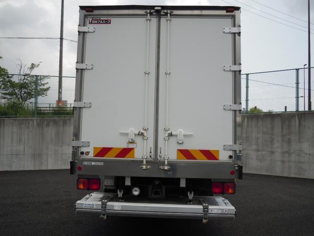 2.6t積冷蔵冷凍車・格納ゲート・スタンバイ付・-32℃設定(9枚目)