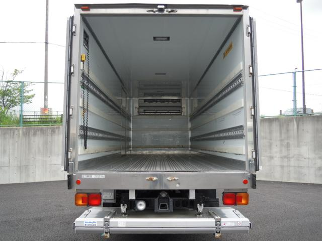 2.6t積冷蔵冷凍車・格納ゲート・スタンバイ付・-32℃設定(10枚目)