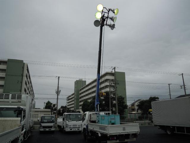 照明車 ナイター車(2枚目)
