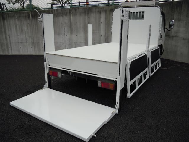 3t積600kgパワーゲート付平ボディ 全低床車(11枚目)