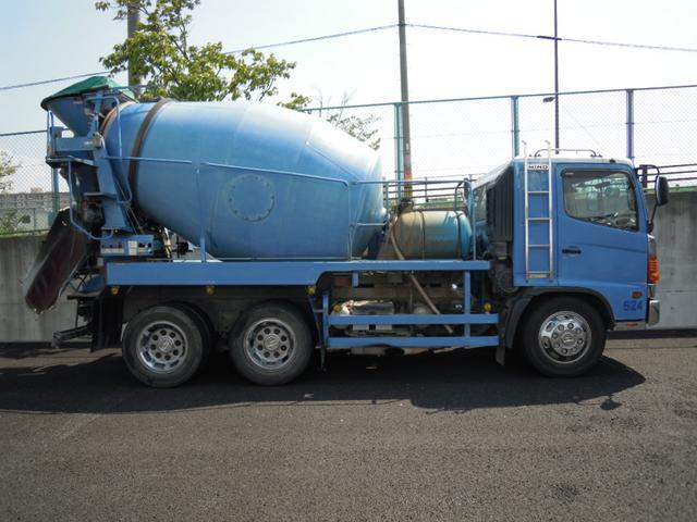 増トンミキサー 積載11120kg(7枚目)