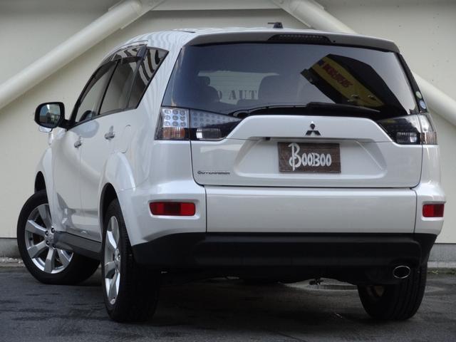 24G 4WD 3列シート SDナビ バックカメラ パドルシフト ETC HID オートライト フロントフォグ 革巻きハンドル Bluetooth USB接続端子(5枚目)