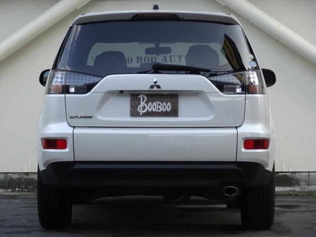 24G 4WD 3列シート SDナビ バックカメラ パドルシフト ETC HID オートライト フロントフォグ 革巻きハンドル Bluetooth USB接続端子(7枚目)