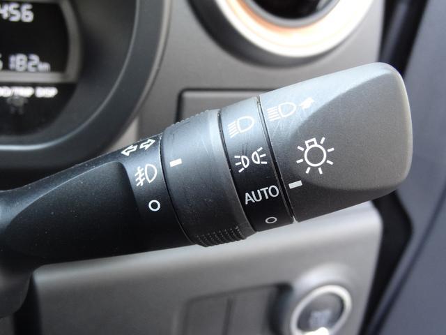 シルク Gパッケージ SAIII スマートアシスト3 コーナーセンサー スマートキー プッシュスタート LEDヘッドライト オートライト 純正アルミホイール フロントフォグ(16枚目)