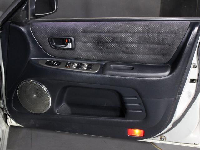 RS200 Lエディション TRDショック サスペンション 純正17インチアルミ TRDマフラー HID ETC 禁煙車(33枚目)