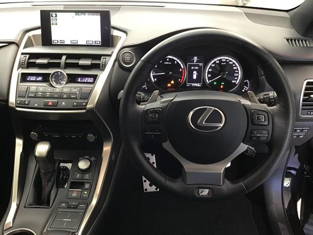 NX200t Fスポーツ 4WD TRD/F・Rエアロ・マフラー MODELLISTA/Sエアロ 純正ナビ・TV・Bモニタ パノラミックビューモニタ 3眼LED サンルーフ ソナー PCS BSM LDA 20インチAW(3枚目)