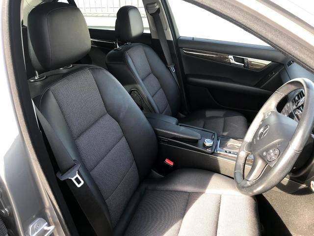 C200コンプレッサー アバンギャルド 正規ディーラー車 修復歴なし 黒革電動シート ETC 17インチアルミホイール HIDヘッドライト 盗難防止装置 CD(4枚目)