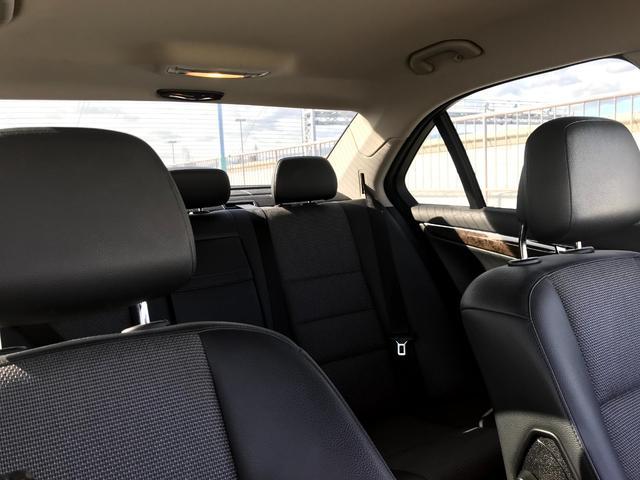 C200コンプレッサー アバンギャルド 正規ディーラー車 修復歴なし 黒革電動シート ETC 17インチアルミホイール HIDヘッドライト 盗難防止装置 CD(32枚目)