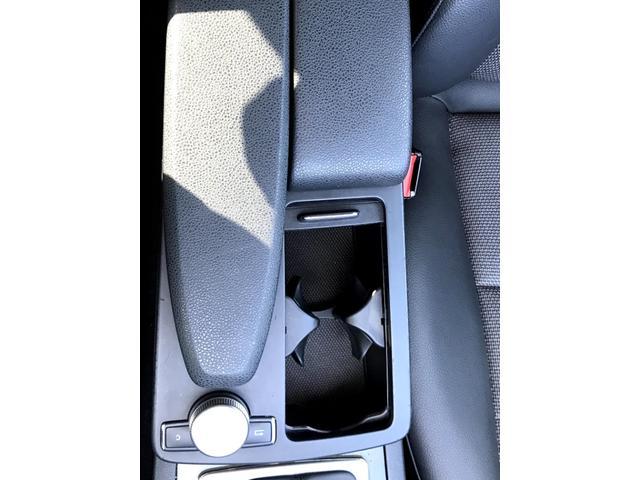 C200コンプレッサー アバンギャルド 正規ディーラー車 修復歴なし 黒革電動シート ETC 17インチアルミホイール HIDヘッドライト 盗難防止装置 CD(38枚目)