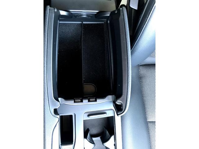 C200コンプレッサー アバンギャルド 正規ディーラー車 修復歴なし 黒革電動シート ETC 17インチアルミホイール HIDヘッドライト 盗難防止装置 CD(39枚目)