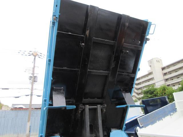 ダンプ 3トン 高床 5MT 極東製DD02-31 強化ダンプ 集中ロック 荷台内寸(約)L304-W159-H36 4000CC 10尺デッキ(17枚目)