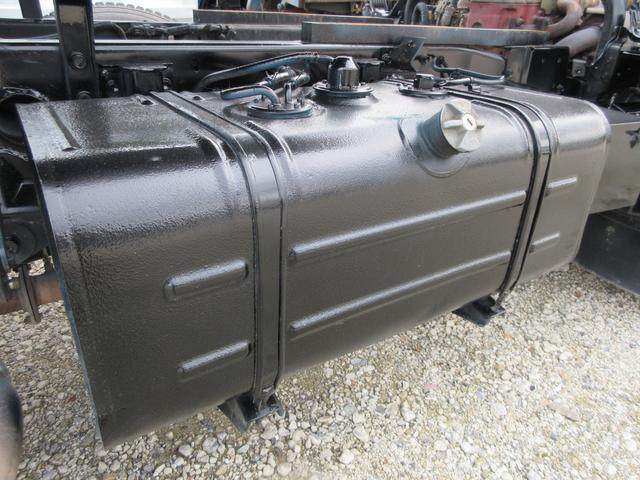 ダンプ 3トン 高床 5MT 極東製DD02-31 強化ダンプ 集中ロック 荷台内寸(約)L304-W159-H36 4000CC 10尺デッキ(24枚目)