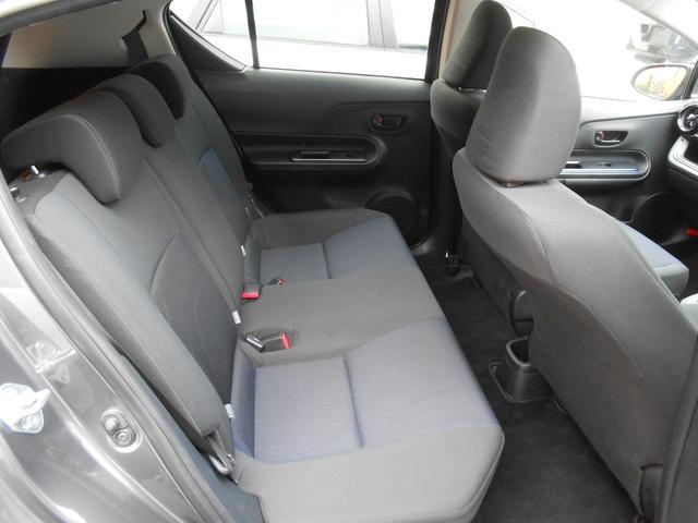 トヨタ アクア S エンジンプッシュスタート 新品16AWタイヤセット
