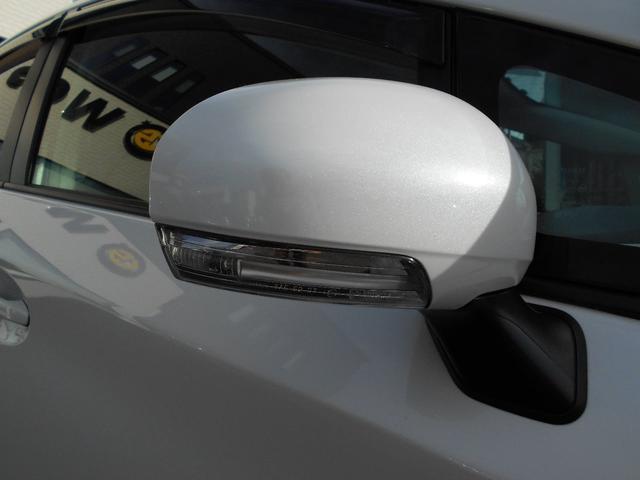 トヨタ プリウス S  エアロ ナビ 社外アルミ  シートカバー