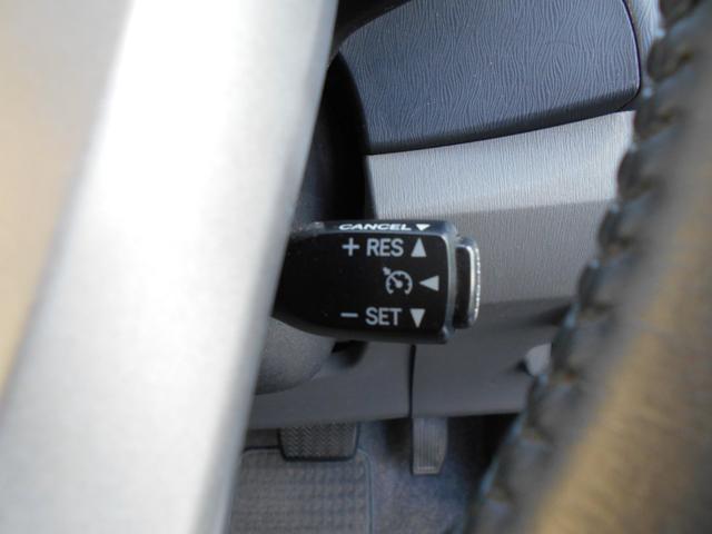 トヨタ プリウス G メーカーナビBカメラ クルーズコントロール