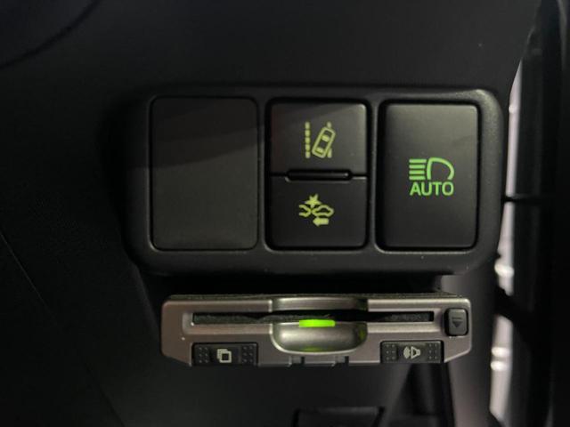 S 赤色シート・トヨタセーフティセンス・衝突安全ブレーキ・バックカメラ・ナビ・ETC・テレビ・Bluetooth・オートハイビーム(14枚目)