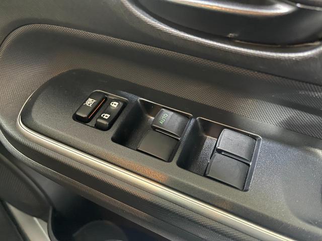 S 赤色シート・トヨタセーフティセンス・衝突安全ブレーキ・バックカメラ・ナビ・ETC・テレビ・Bluetooth・オートハイビーム(20枚目)
