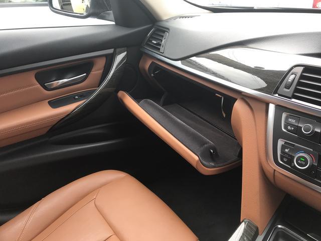 「BMW」「3シリーズ」「セダン」「和歌山県」の中古車26