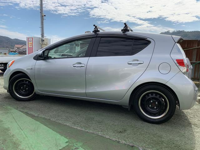 「トヨタ」「アクア」「コンパクトカー」「和歌山県」の中古車9