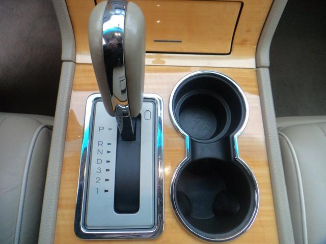 「リンカーン」「リンカーン ナビゲーター」「SUV・クロカン」「和歌山県」の中古車32