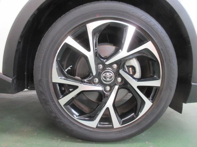 「トヨタ」「C-HR」「SUV・クロカン」「和歌山県」の中古車17