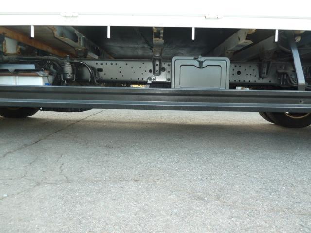 2t全低床標準ロング平ボディ リースアップ車(15枚目)