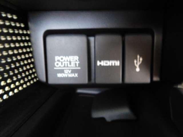 充電ソケット、HDMI、USBそれぞれの用途でお使いいただけます。