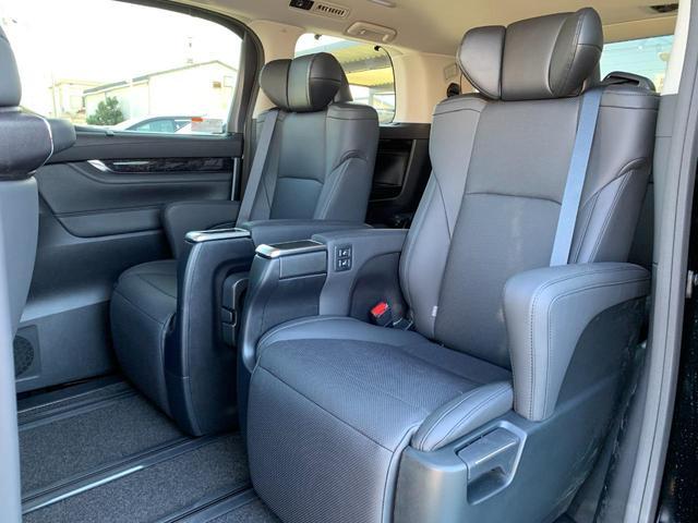 2.5S Cパッケージ 新車・モデリスタエアロ・トヨタセーフティセンス・BSM・クリアランスソナー・パワーシート・シートヒーター・ベンチレーション・パワーバックドア・アダプティブクルーズコントロール・AHS(19枚目)