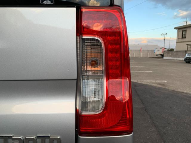 Xターボ SA 衝突安全ブレーキ・バックカメラ・フォグライト・ワンセグ・Bluetooth・ACパワーソケット・HDMI・オートライト(15枚目)