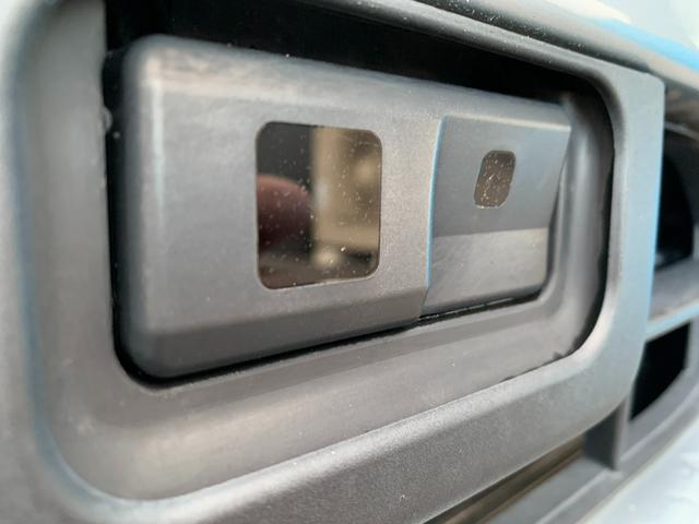 Xターボ SA 衝突安全ブレーキ・バックカメラ・フォグライト・ワンセグ・Bluetooth・ACパワーソケット・HDMI・オートライト(17枚目)
