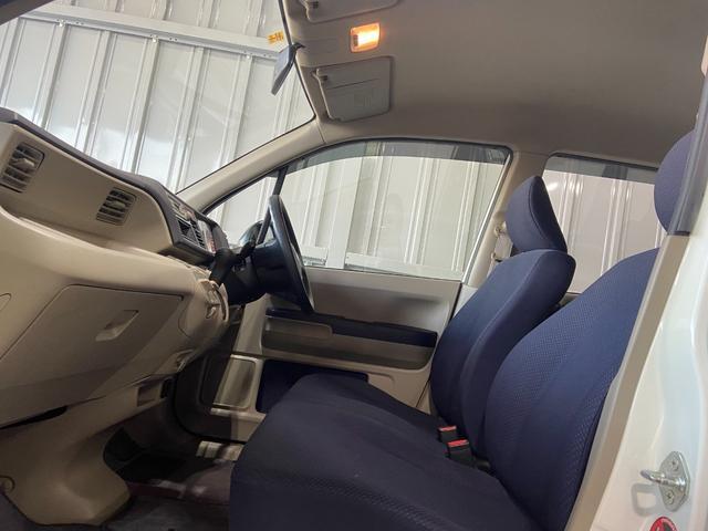 ワールドオブスターではお車のカスタムも承っております。お気軽にスタッフまでご相談ください。