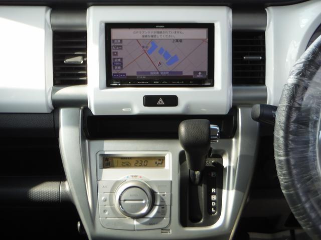 G 社外メモリーナビ&ワンセグ・スマートキー・シートヒーター オートエアコン・ライトレベライザー・アイドリングストップ・プライバシーガラス・Wエアバッグ・ABS(11枚目)