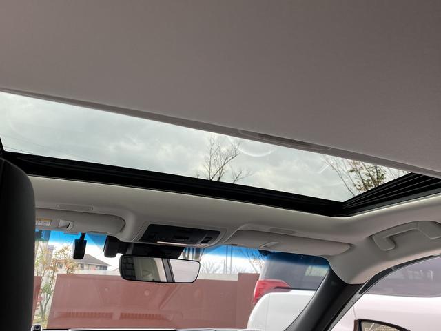ES300h 純正SDナビマルチ・黒革エアーS・サンルーフ プリクラッシュセーフティ・LTA・クリアランスソナー・LEDライト・オートハイビーム・電動リヤシェイド・ビルトインETC(5枚目)