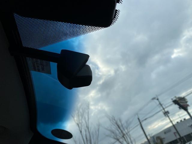 ES300h 純正SDナビマルチ・黒革エアーS・サンルーフ プリクラッシュセーフティ・LTA・クリアランスソナー・LEDライト・オートハイビーム・電動リヤシェイド・ビルトインETC(28枚目)