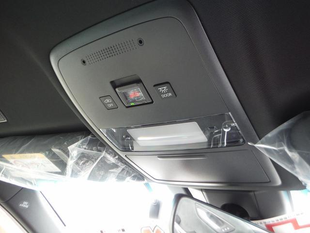 RSアドバンス メーカーSDナビ・ハーフレザーシート パノラミックビューモニター・プリクラッシュセーフティ・レーダークルーズ・LTA・BSM・RCTA・クリアランスソナー・シートヒーター(19枚目)