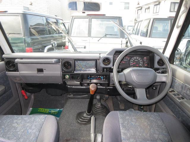 トヨタ ランドクルーザー70 ZXロング 4.2 ディーゼル 4WD 5速MT