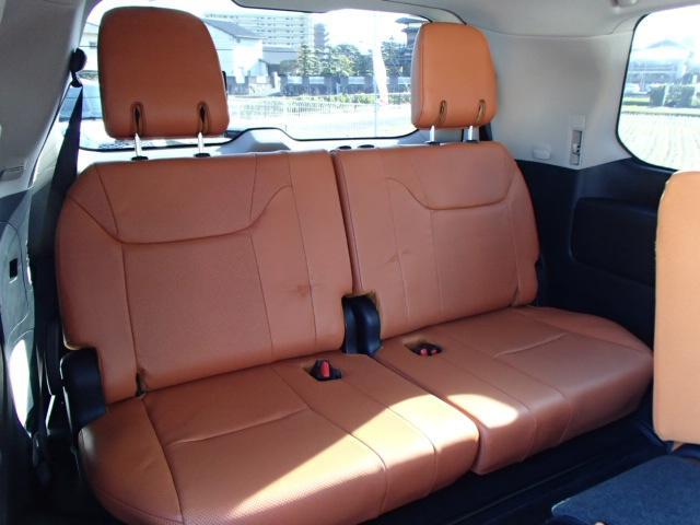 LX570 ワンオーナー モデリスタエアロ 電動サードシート(18枚目)