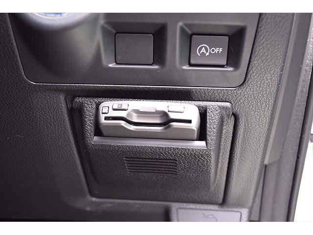 2.0i-L アイサイト 4WD・黒革シート・パワーシート・1年間走行距離無制限保証・アイドリングストップ・クルーズコントロール・プッシュスタート・carrozzeriaHDDナビ・バックカメラ・ETC・Bluetooth(26枚目)